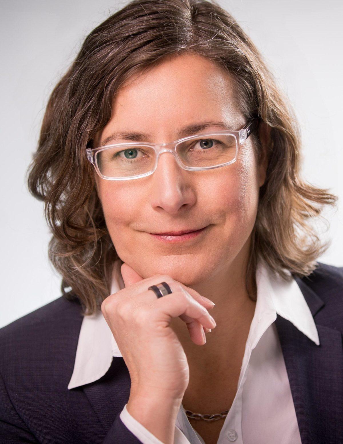 Tina Beuchler